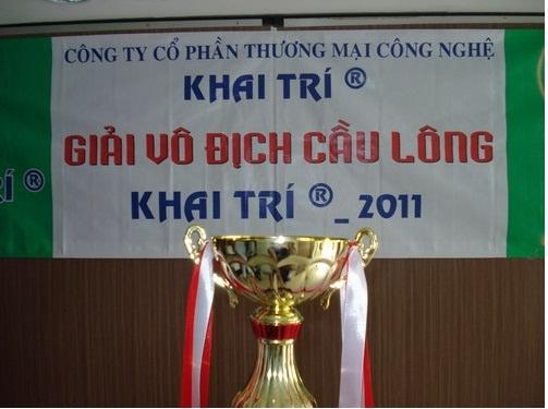 Giải vô địch cầu lông Khai Trí 2011